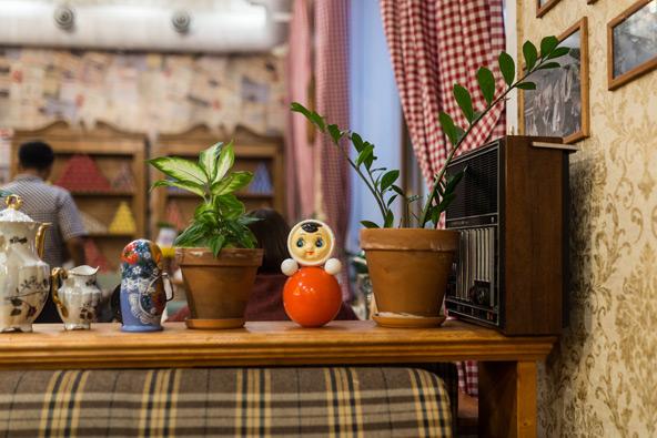 מטריושקה וסממנים רוסיים נוספים במסעדה מוסקבאית
