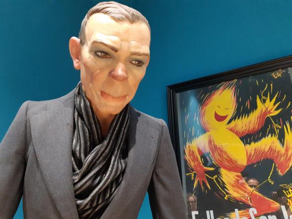 מוזיאון הפאייאס. הבובות שניצלו מהאש זוכות לחיי נצח במוזיאון הזה
