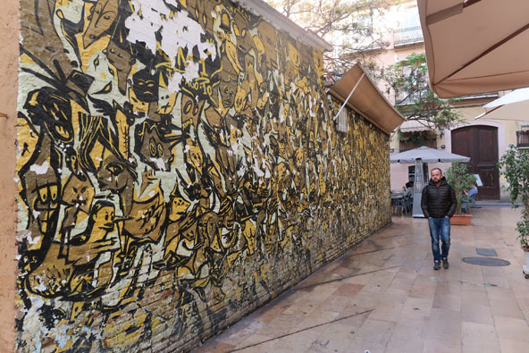 Stop the war, ציור קיר של Fasim ברובע אל כרמן