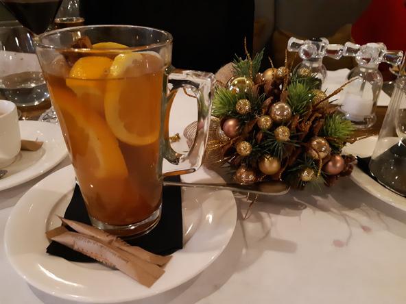 """חרבטה זִ'ימובה, """"תה חורף"""", שיש לו גרסאות רבות בחורף הפולני"""
