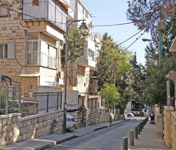 רחוב בשכונת כרם אברהם בימינו
