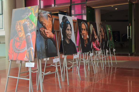 תצוגה במוזיאון הנשים בהאנוי. עושים כבוד למקומן של הנשים בהיסטוריה ובתרבות המקומית