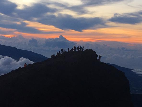 על גג האי: פסגת פיטון דה נייג'