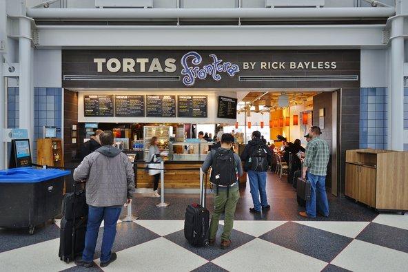Tortas Frontera נחשבת למסעדת נמל התעופה הטובה בעולם
