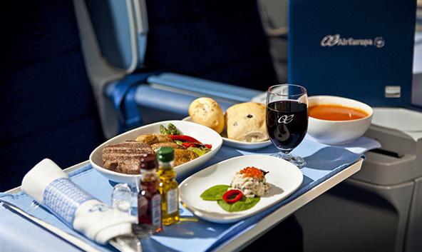 ארוחה במחלקת עסקים של אייר אירופה