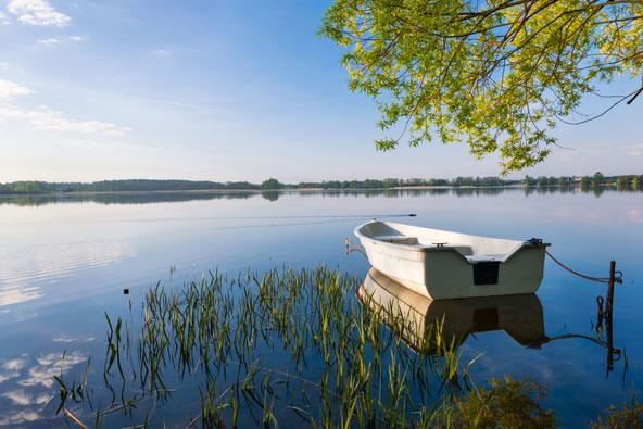 האגמים המזוריים בצפון פולין הם יעד מושלם לחופשה רומנטית
