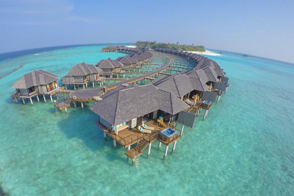 קשה לחשוב על פינוק גדול מזה: חופשה בווילה מעל המים | הצילומים באדיבות flyeast