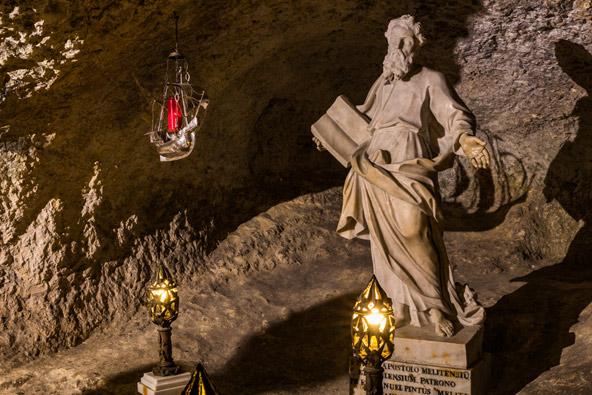 מערת פטרוס הקדוש במלטה. על פי הברית החדשה פטרוס התגורר כאן במשך שלושה חודשים