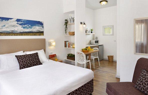 חדר במלון מטיילים מלכיה. מקום מושלם בלב אזור הטיולים של הגליל העליון