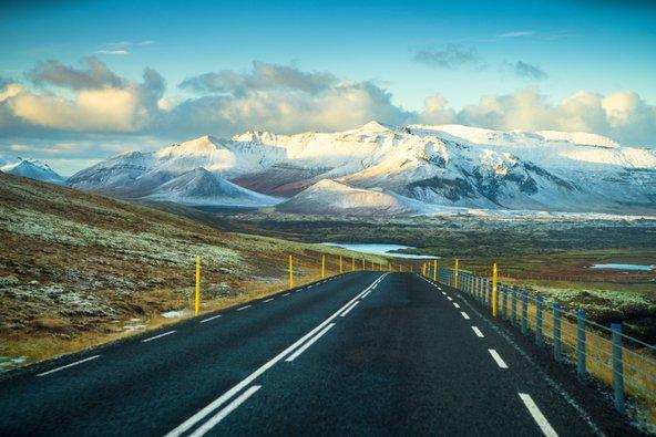 נוף טיפוסי לאורך כביש הטבעת באיסלנד