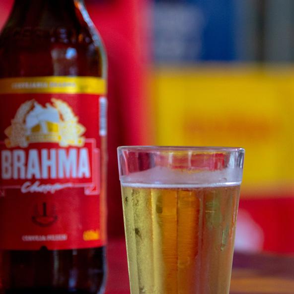 בירה Brahma, הבירה הלאומית של ברזיל, הולכת טוב לצד הפיז'ואדה