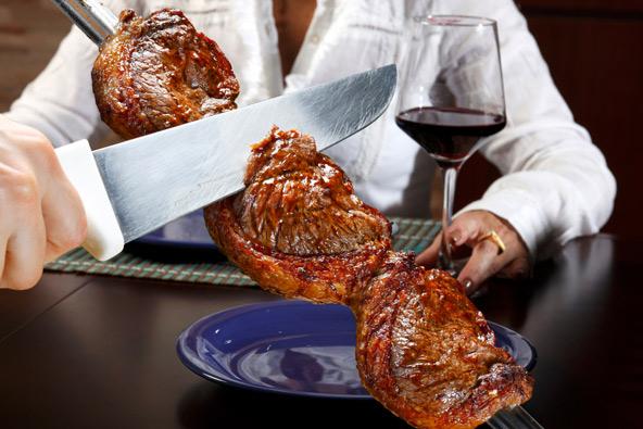 את היום מומלץ לסגור בצ'ורסקריה, עם שיפודי ענק של בשר