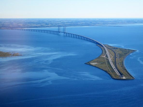 """פברהולם, """"אי הפלפל"""", מחבר בין המנרה התת ימית לגשר ארסונד"""