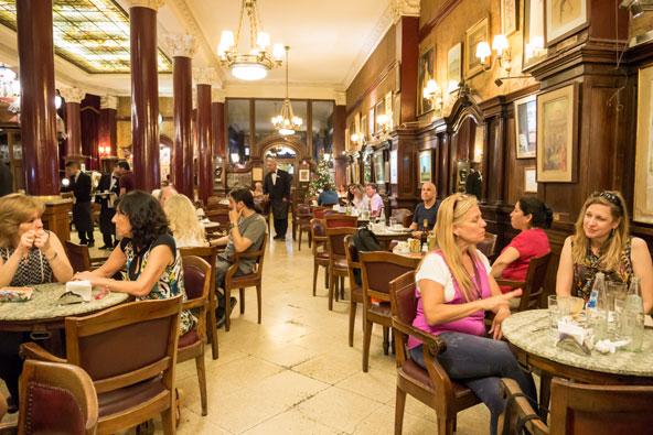 קפה טורטוני, פיסת היסטוריה בבואנוס איירס