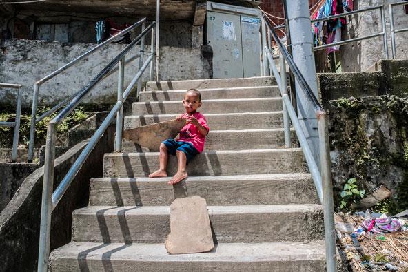 פאבלה דונה מרתה. ברזיל היא אומה של פערים חברתיים עצומים