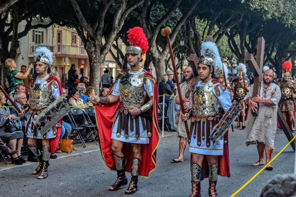 תהלוכה בשבוע הקדוש במלטה, שמתקיים לפני חג הפסחא