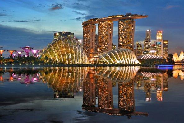 בתמונה הפותחת: סינגפור מצטיינת בארכיטקטורה חדשנית ויוצאת דופן