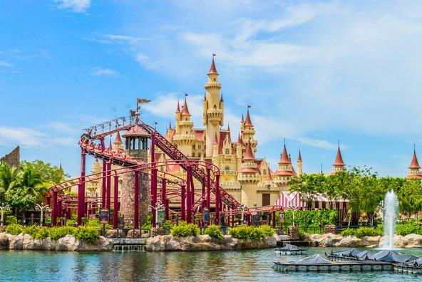 פארק אולפני יוניברסל, מהאטרקציות המשפחתיות הגדולות בסינגפור   צילום:Food Travel Stockforlife/Shutterstock.com