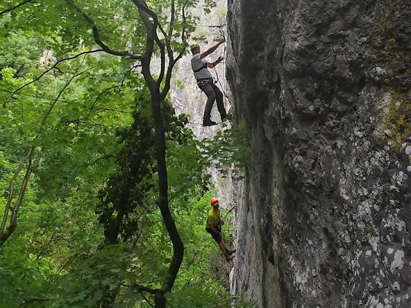 למחפשים הרפתקאות ואתגר, רכסי ההרים בדרום בולגריה מציעים אינספור אפשרויות