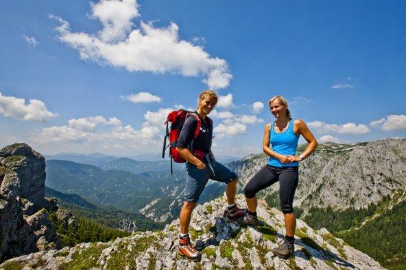 אזור הוכשטיירמארק מציע מסלולי הליכה נהדרים בטבע מעור השראה | צילום: Steiermark Tourismus ©Tom Lamm