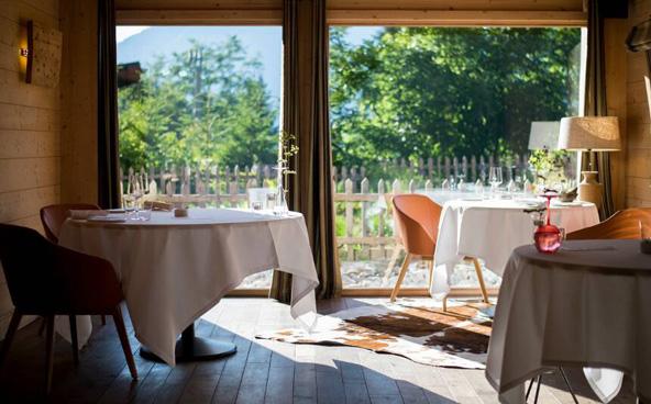 מסעדת Flocons de Sel. אווירה כפרית ואוכל מוקפד | הצילום באדיבות Relais & Chateaux