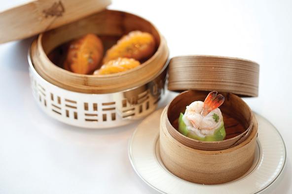אם תהיתם: ככה נראים דים סאם במסעדת שלושה כוכבי מישלן | הצילום באדיבות Four Seasons Hotel הונג קונג