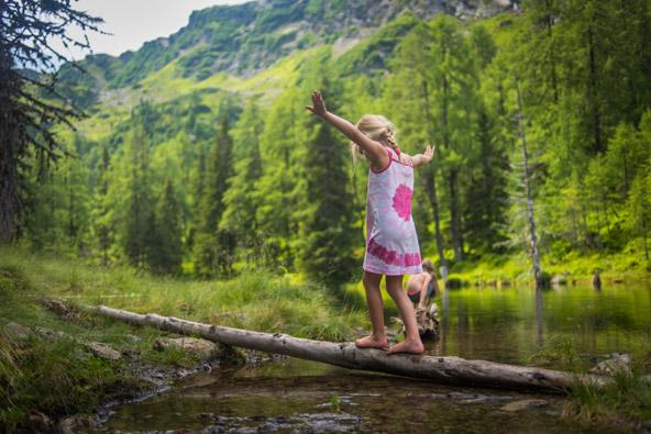 הטבע הוא מגרש המשחקים הכי כיפי בשלדמינג-דאכשטיין |צילום: Christine Höflehner