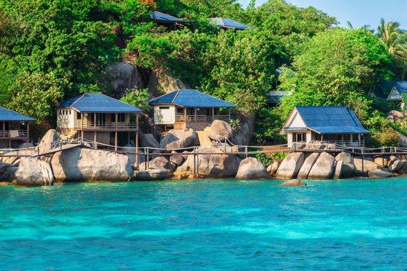 בתאילנד אפשר ליהנות מבונגלו פשוט על החוף במחיר שווה לכל נפש