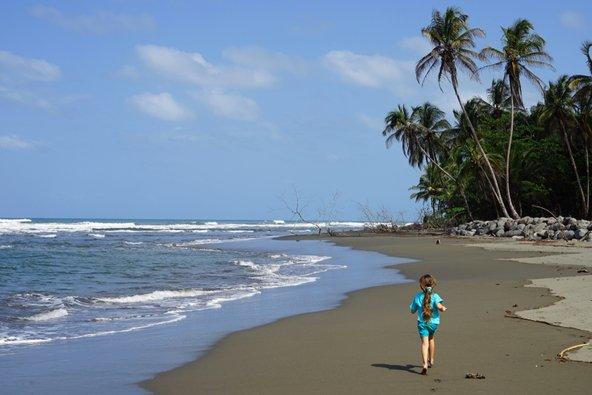 קוסטה ריקה מציעה חופים חלומיים שמתאימים במיוחד לחופשה משפחתית