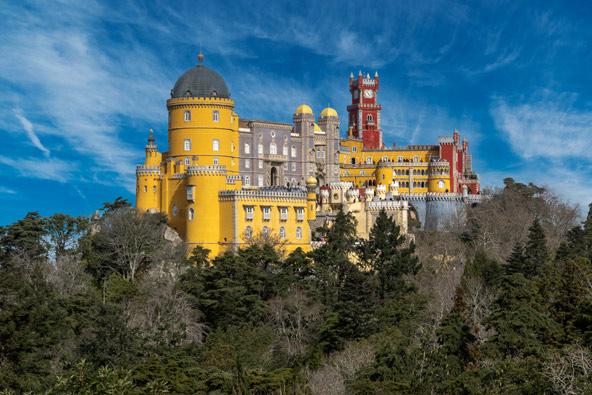 סינטרה, יעד פופולרי לטיול יום מליסבון עם שלל ארמונות מרשימים