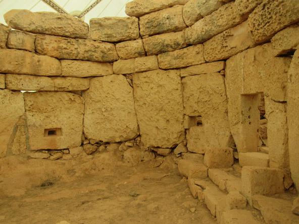 אג'ר הים, מקדש מגליתי בן יותר מ-3,200 שנה | צילומים: רותם בר כהן
