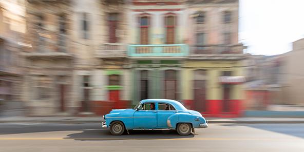 רטרו ברחובות הוואנה | צילום: רפי קורן