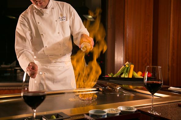 איפה לאכול בטוקיו: מסעדת טפניאקי אקאסאקה