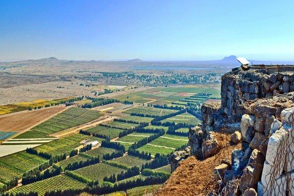 תצפית על הגולן ועל סוריה ממרומי הר בנטל   צילום: שאטרסטוק