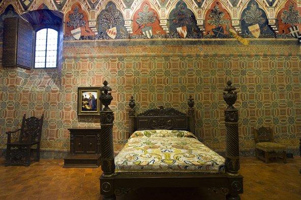 חדר שינה בפאלאצו דבנצטי. להבין איך חיו בתחילת הרנסאנס