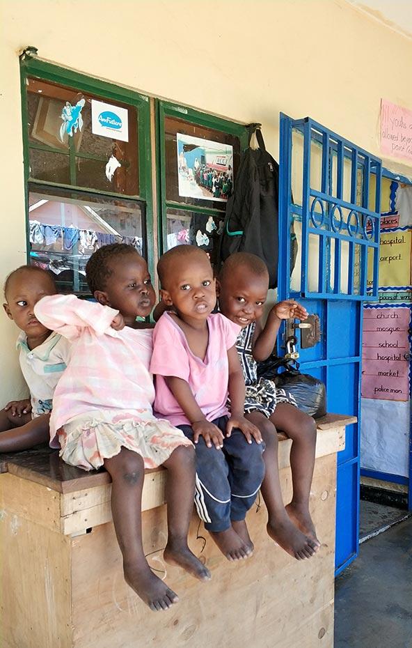 המטרה: לתת לילדים שמשפחותיהם לא יכולות לממן לימודים עתיד טוב יותר