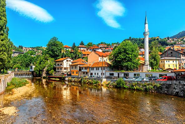 טיול בסרייבו: העיר שלא שוכחת את העבר