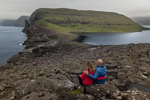 איי פארו – תוכיי ים, כבשים ומצוקים