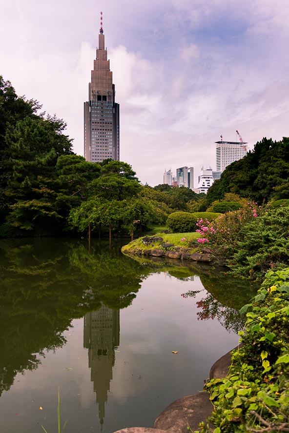 להימלט מהמולת טוקיו בגנים ובפארקים