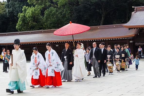 טקס חתונה מסורתי בטוקיו
