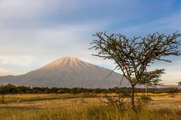 הר הגעש מרו בפארק הלאומי ארושה