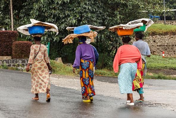 טיול ברואנדה מציע חוויות נופיות, תרבותיות ואנושיות מרתקות
