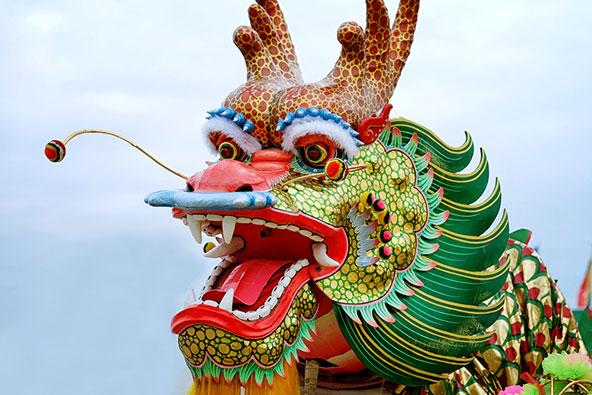 דרקון בחגיגות ראש השנה הסיני ברובע הסיני בבנגקוק