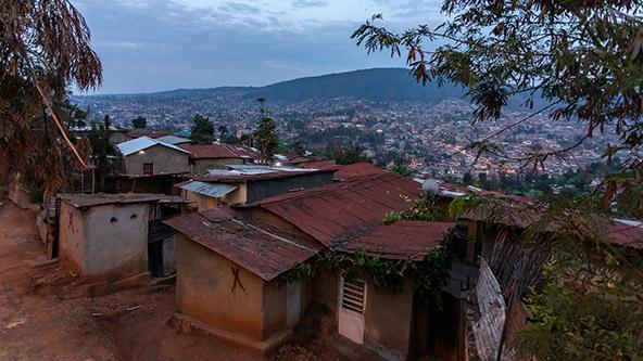 קיגאלי, בירת רואנדה, משתרעת על שטח עצום