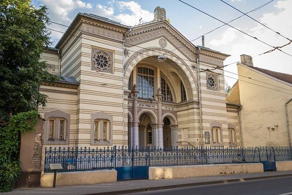 בית הכנסת הכוראלי. בעבר היו בווילנה יותר מ-100 בתי כנסת, כיום זהו בית הכנסת היחיד שנותר בעיר