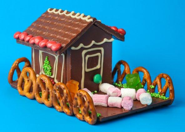 בסדנאות שמתקיימות בגליתא אפשר להכין בית שוקולד | צילום: ארז ביטון