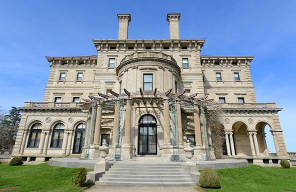 הברקרס, האחוזה המרשימה של משפחת ונדרבילט בניופורט, רוד איילנד