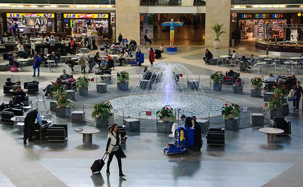 """טרמינל 3 בנתב""""ג. 24 מיליון אנשים עוברים כאן בשנה"""