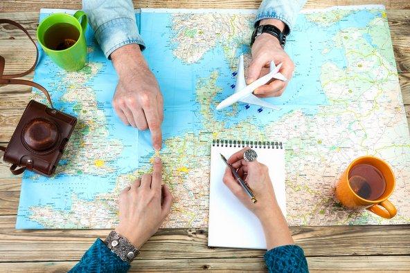 סוכן נסיעות ואופרציה: העולם בכף ידך