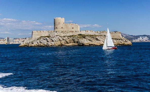"""מצודת איף. כאן מיקם אלכסנדר דיוצא את עלילת ספרו """"הרוזן ממונטה כריסטו"""""""